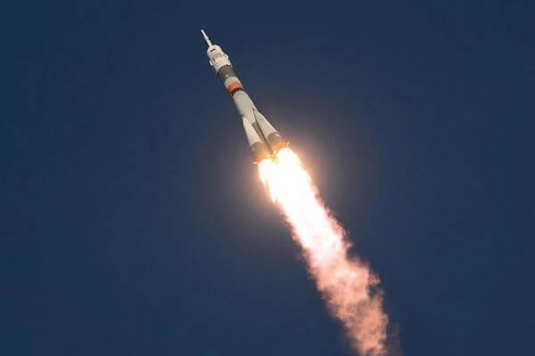 origen e historia del cohete