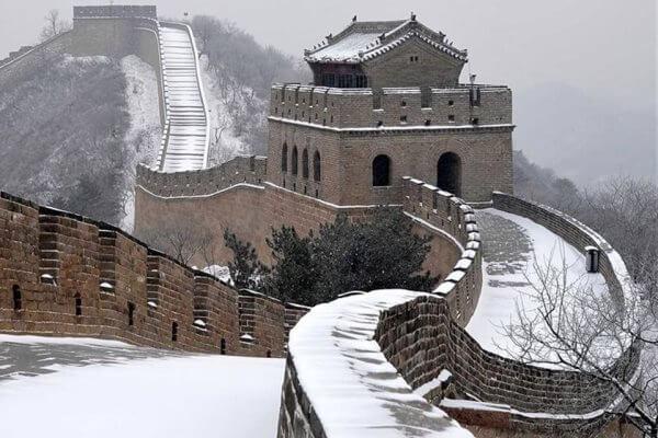 cómo es la gran muralla de China
