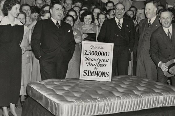 quien es el inventor del colchón