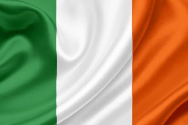 quién creó la bandera de irlanda
