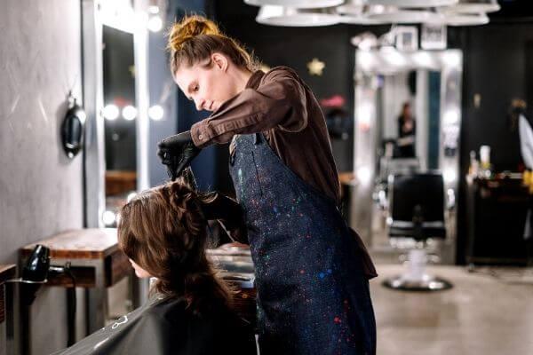 Origen de la peluquería