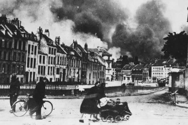 ocupación de París por por los alemanes
