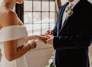 Origen de pedir la mano en matrimonio