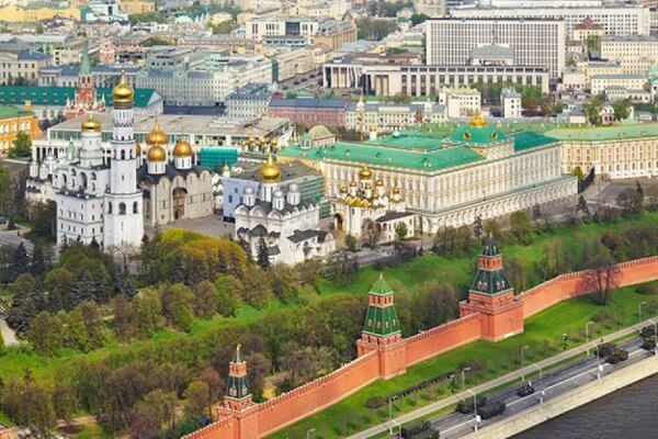Kremlin de Moscú origen e historia