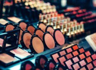 Origen del maquillaje