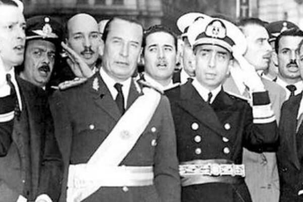 Historia de la dictadura militar Argentina