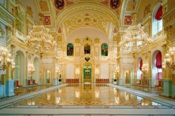 fortaleza kremlin Moscú historia