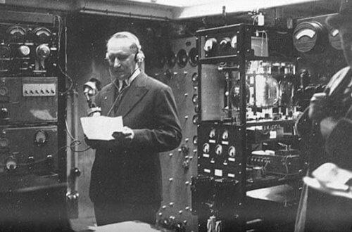 las primeras estaciones de radio