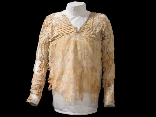 cuál es el origen de la camisa