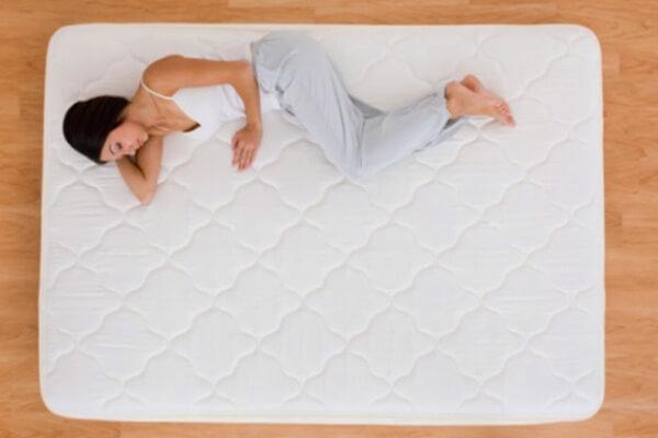 cuál es el origen del colchón