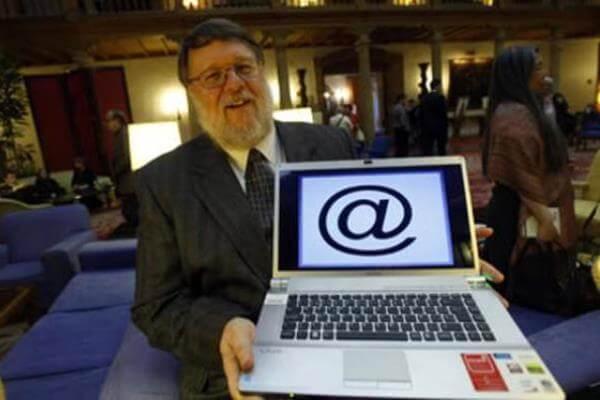 cuando se inventó el correo electrónico