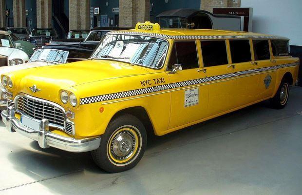 historia modelos taxi
