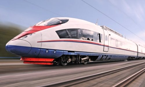 Trenes y ferrocarriles modernos