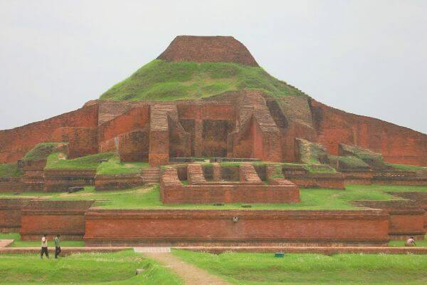 Vihara budista de Paharpur historia