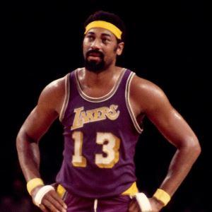 mejor jugador negro de baloncesto de la historia