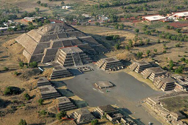 piramide del sol teotihuacan escalones
