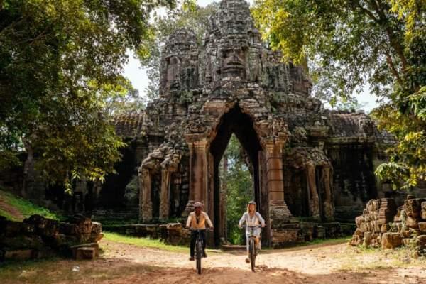 cuándo se construyó Angkor Wat