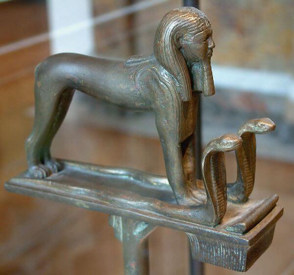 historia decadencia imperio egipcio