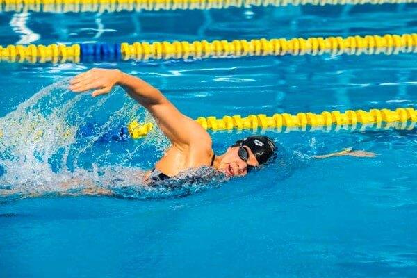 historia estilo crol natación