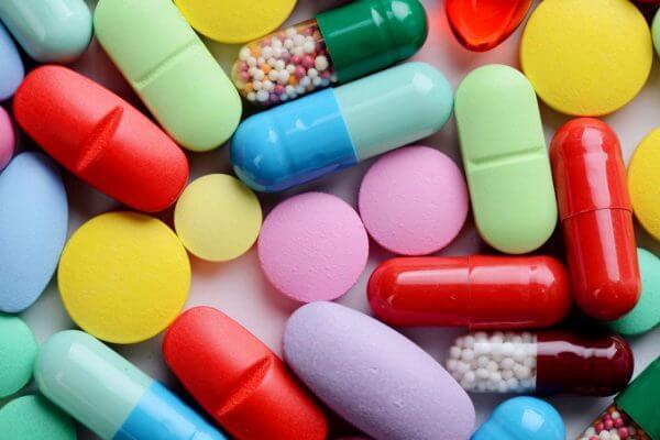 evlución medicinas y fármacos en la historia