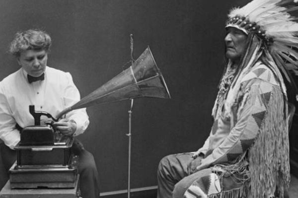 reseña histórica fonógrafo