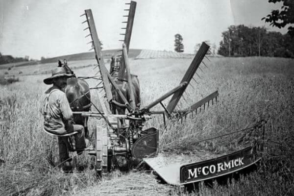 evolución de la segadora mecánica