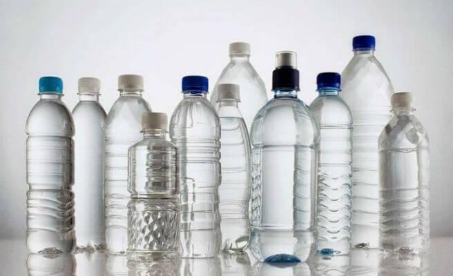 quién inventó la botella de plástico