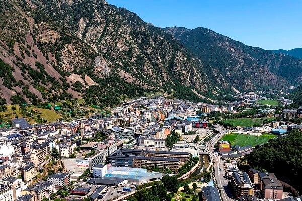 períodos históricos de Andorra