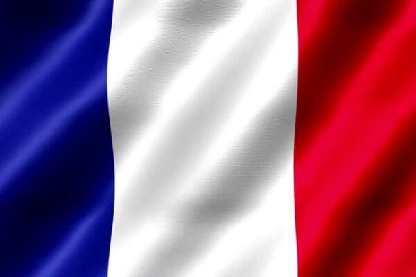 cuándo se creó la bandera francesa