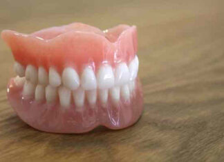 origen e historia de la dentadura postiza