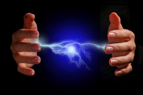 origen e historia de la electrotecnia