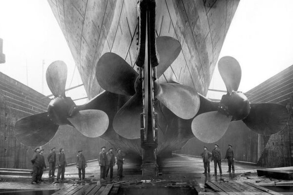 origen e historia de la hélice