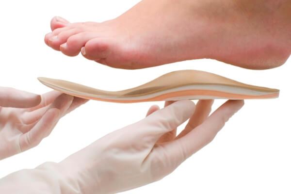 historia de las plantillas ortopédicas