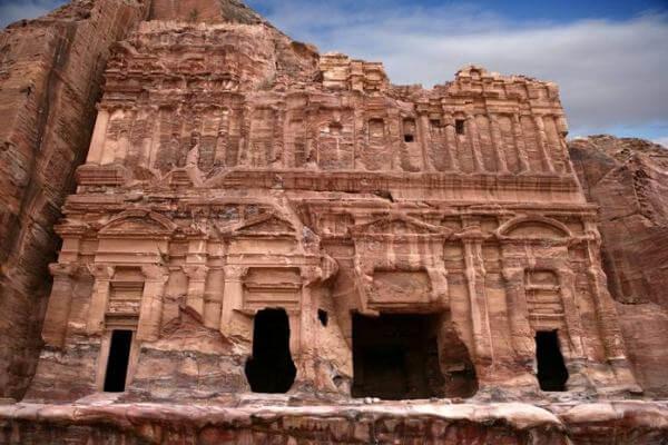 origen e historia de las tumbas de Petra