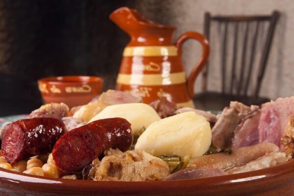 historia del cocido español