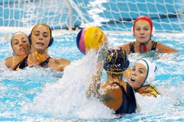 origen del waterpolo femenino