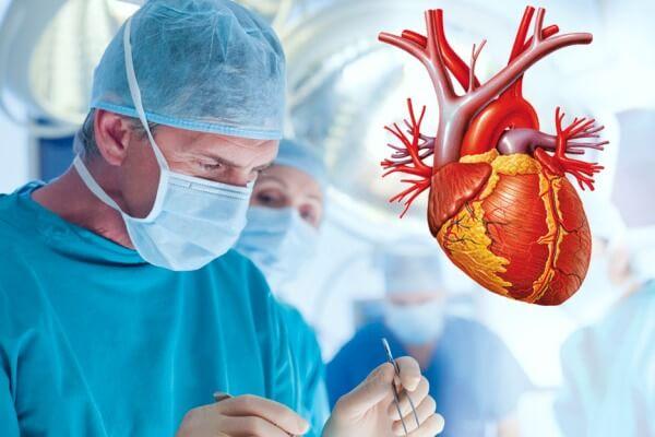 origen e historia de la cirugía cardíaca