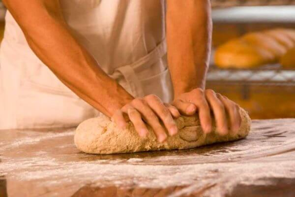 dónde y cuándo se inventó el pan
