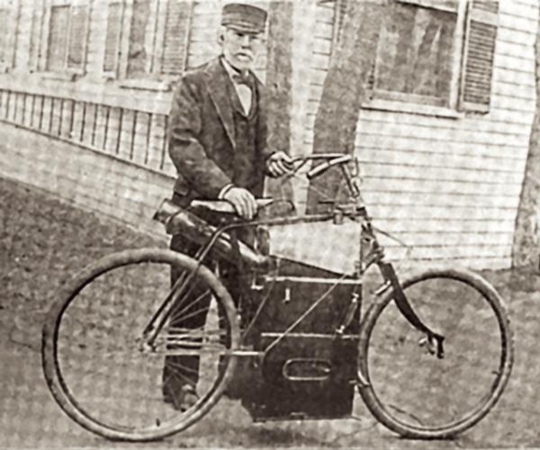 cuando se inventó la motocicleta