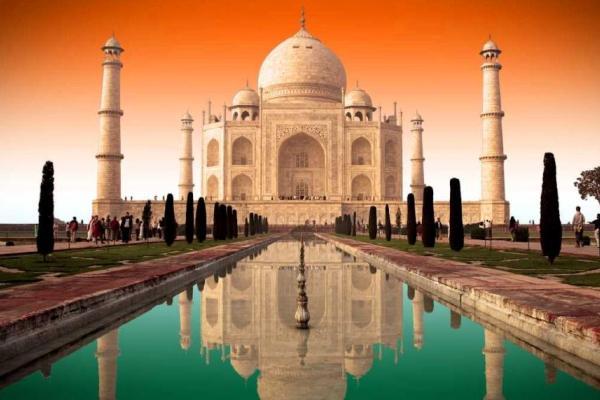 ¿Dónde se encuentra el Taj Mahal?