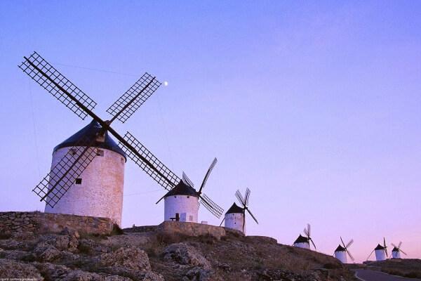 función y origen de los molinos de viento
