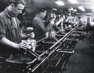 origen de la producción en cadena