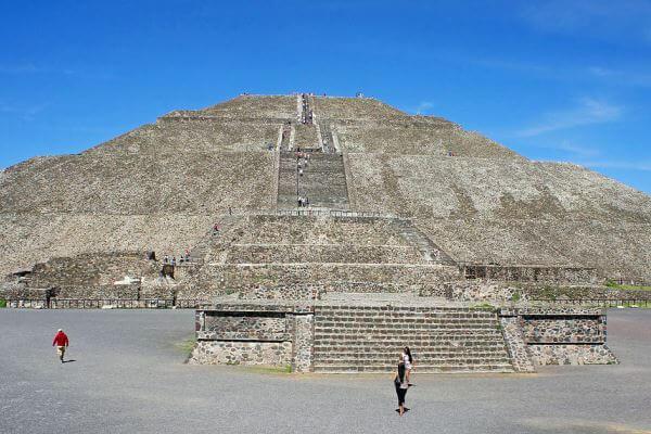 piramide del sol de los teotihuacanos