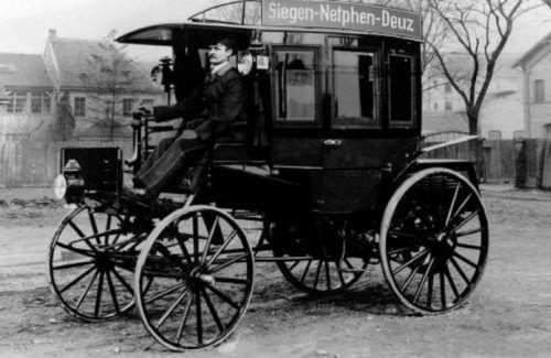 primer ómnibus de gasolina