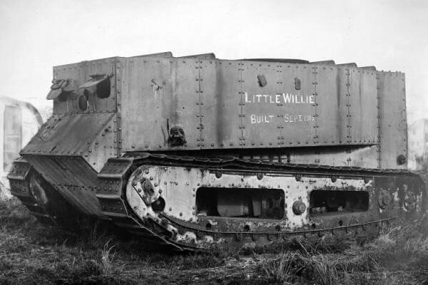 cuál fue el primer tanque de la hsitoria - Carro e combate Willie