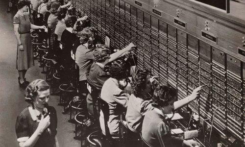 primera central telefónica de la historia