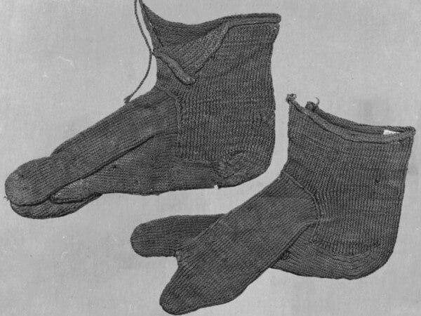 cuándo se inventaron los calcetines o medias