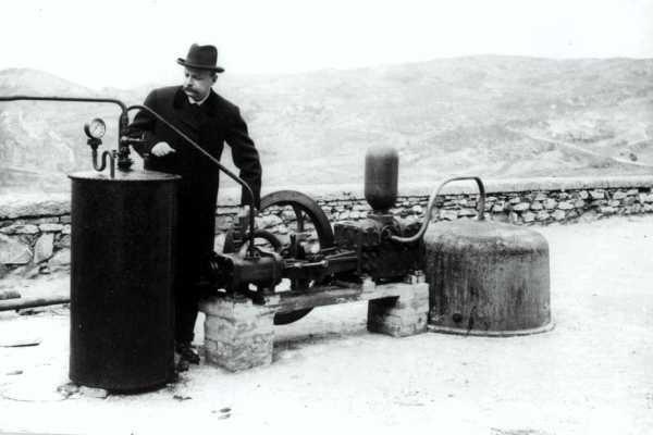 quién inventó la energía geotérmica