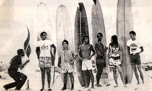 dónde se originó el surf