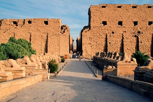 templo de karnak origen